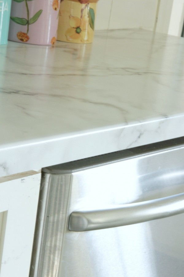 FORMICA180FX CALACATTA MARBLE COUNTERTOPS FREQUENTLY ASKED QUESTIONS
