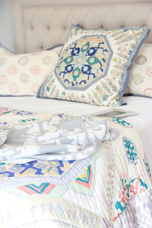 ANTHROPOLOGIE PONSONBY QUILT AND SHAMS