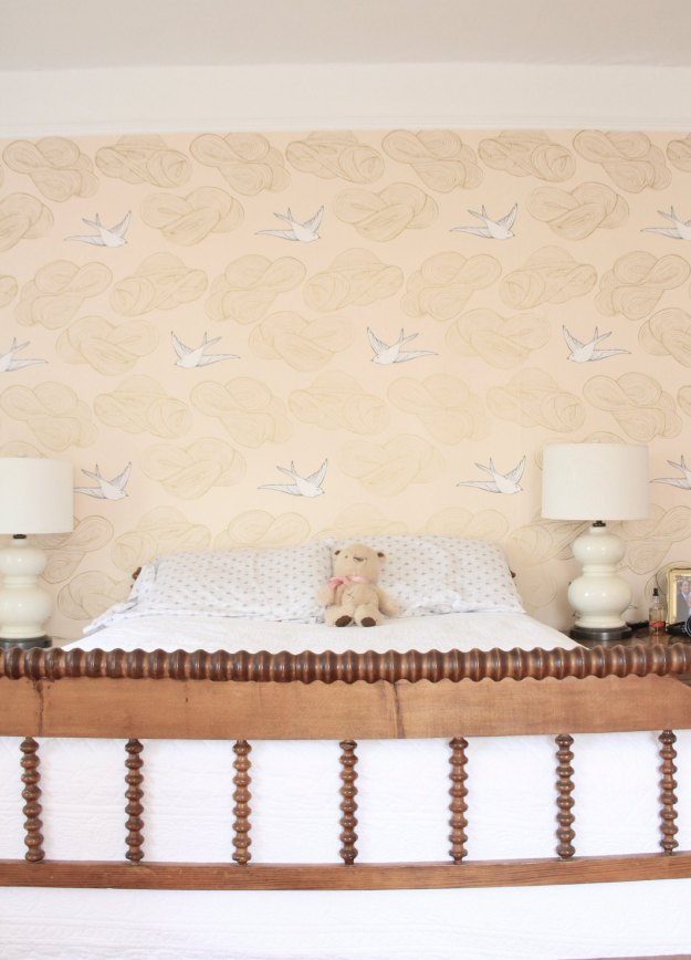 """PHOEBE'S BEDROOM WALL IS WALLPAPERED IN JULIA ROTHMAN """"DAYDREAM"""" IN BLUSH FROM HYGEE AND WEST"""