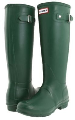 HUNTER BOOTS IN ORIGINAL HUNTER GREEN!