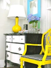 DINING ROOM WITH YELLOW ACCENTS AND SPRING IN ASPEN WALLS