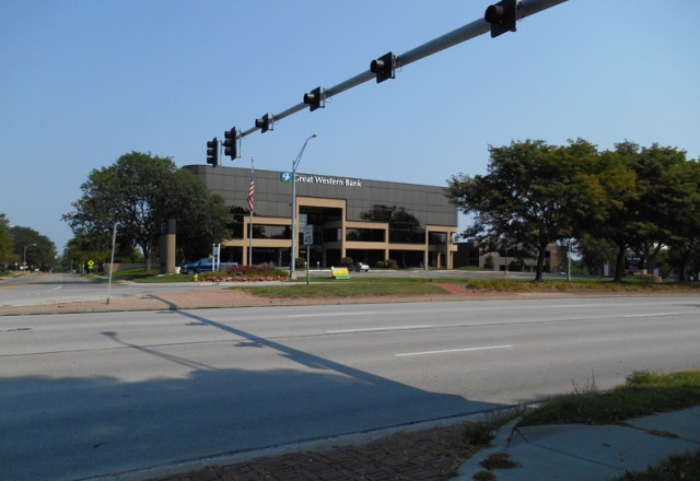 Mysteries of Omaha: 9301 West Dodge Road - My Omaha Obsession