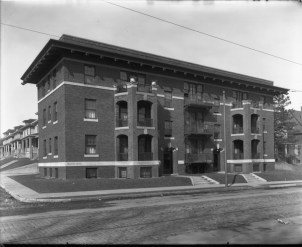 Historic photo of the Thorvald Apartments at 1124 Park Ave. Creator: Bostwick, Louis (1868-1943) and Frohardt, Homer (1885-1972). Publisher: The Durham Museum. Date: 1915.