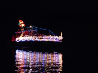 2014_Christmas_Lighted_Boat_Parade_Pictures_07