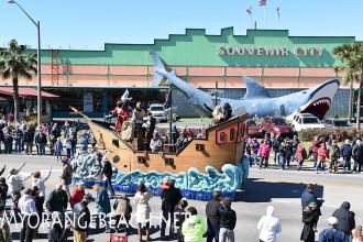 Gulf-Shores_Mardi_Gras_Day_Parade_2016-28