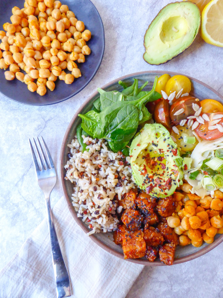 Tempeh Buddha Bowl: healthy vegan buddha lunch bowl with protein
