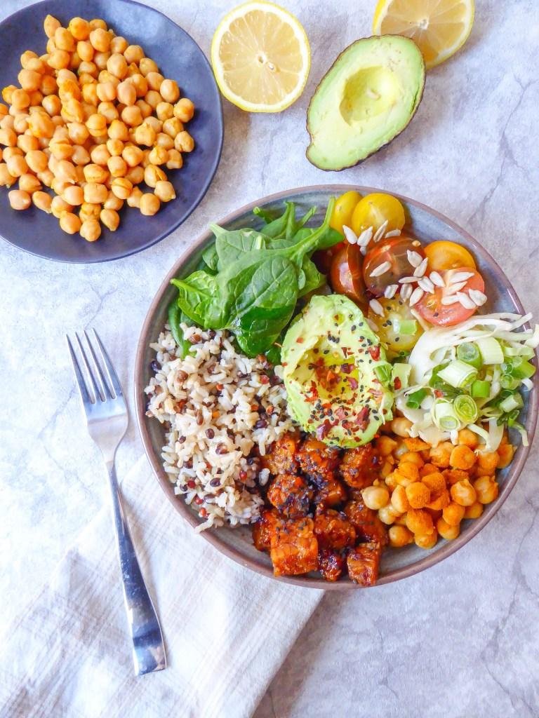 Tempeh Buddha Bowl: healthy vegan buddha lunch bowl with protein