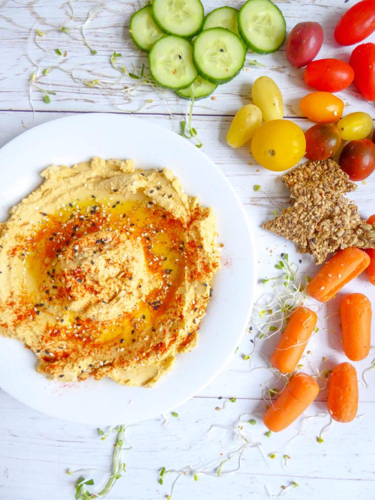 Squash hummus dip - Vegan and gluten-free loaded in protein fall dip