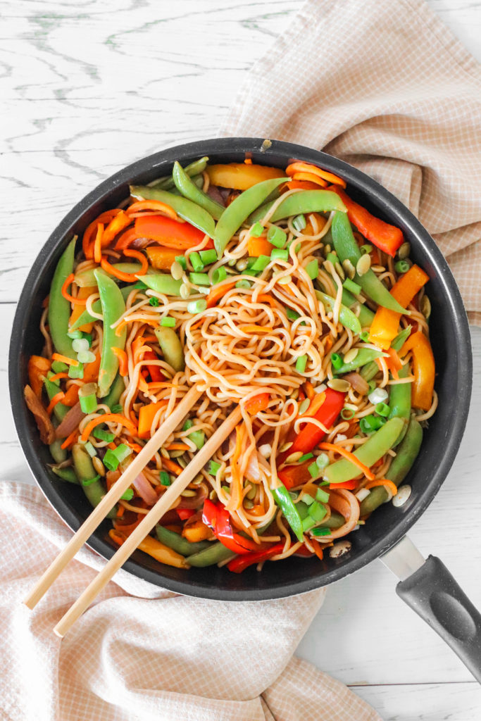 Low Calorie Asian Noodles - an easy vegan and healthy alternatives. Low in calories, high in nutrients and flavors.