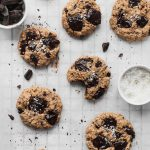 TAHINI CHOCOLATE CHUNKS COOKIES - Vegan and gluten-free easy delicious recipe. Soft inside and crunchy on the outside.