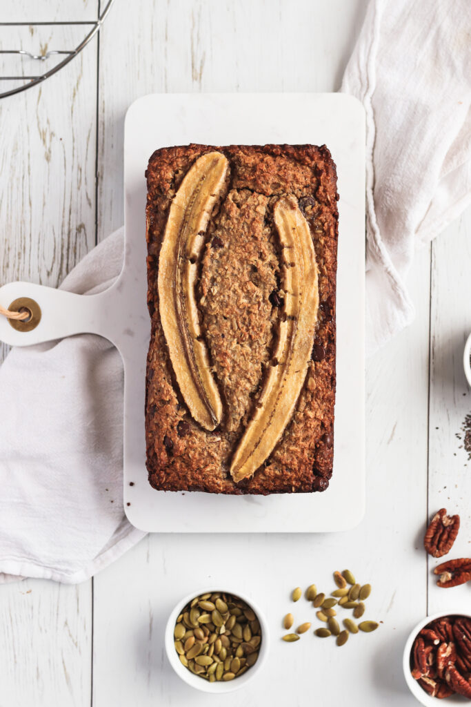 Vegan gluten-free banana bread - Absolutely mouth-watering banana bread made with oats and almond flour, using chocolate chips and pecans