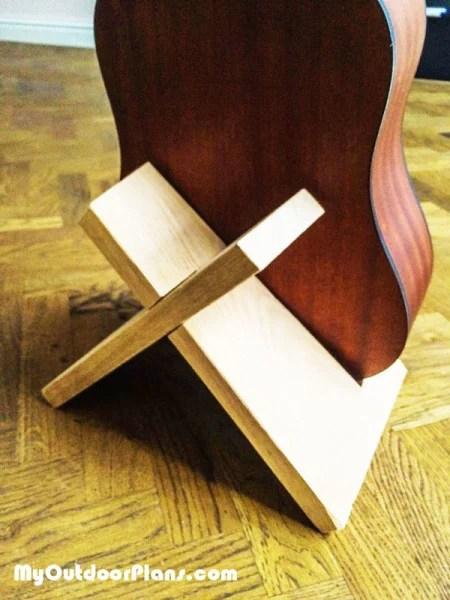 Diy Guitar Stand Myoutdoorplans Free Woodworking Plans