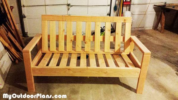 Diy Outdoor Sofa Myoutdoorplans Free Woodworking Plans