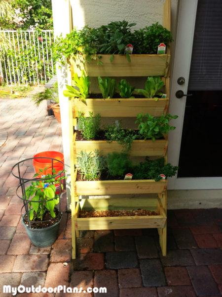 Diy Herb Planter Myoutdoorplans Free Woodworking Plans