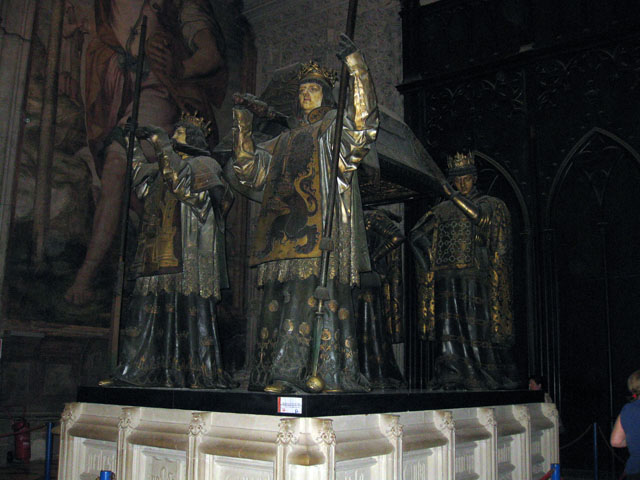 Colmbus\'s tomb