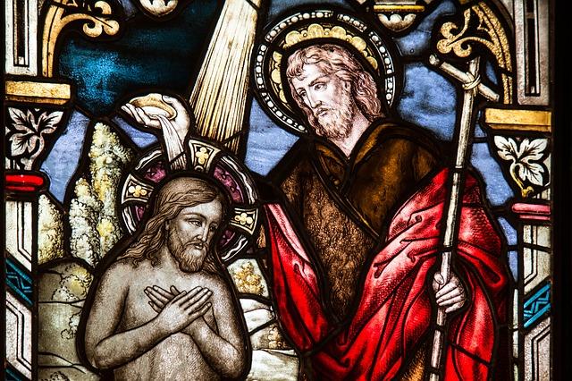 church-window-1016443_640