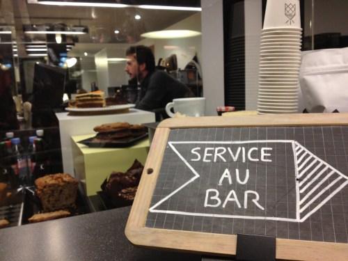 service au bar photo