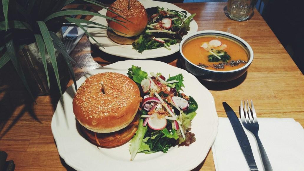 banh-mi-vietnamese-burger-paris