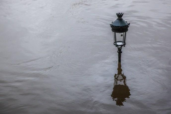 paris in the rain 2016 camille mcquat