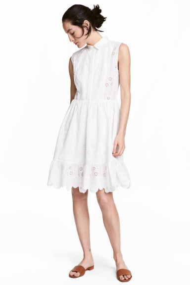robe-blanche-jour-broderies-hm