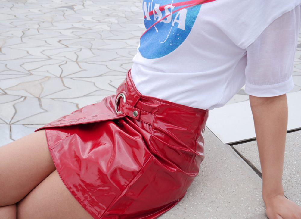 look-houston-jupe-vernie-tshirt-detail1