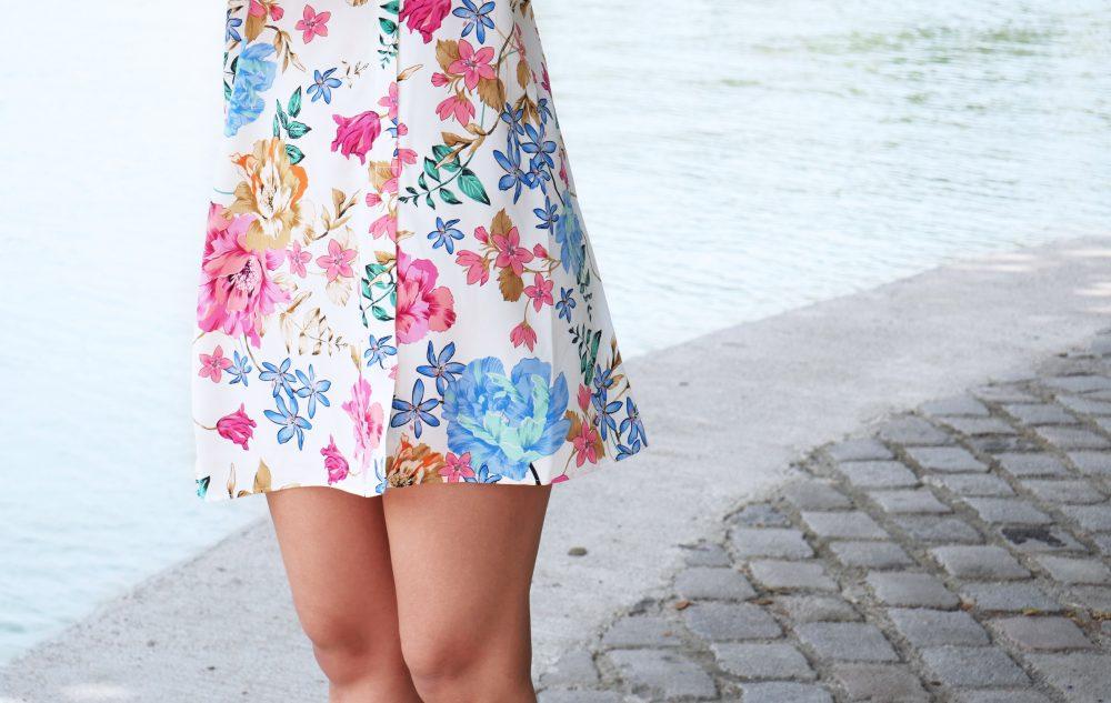 robe-fleurie-detail-longueur