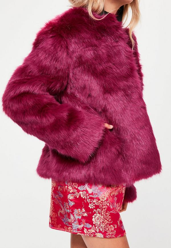 look-manteau-fausse-fourrure-shop-prune-missguided