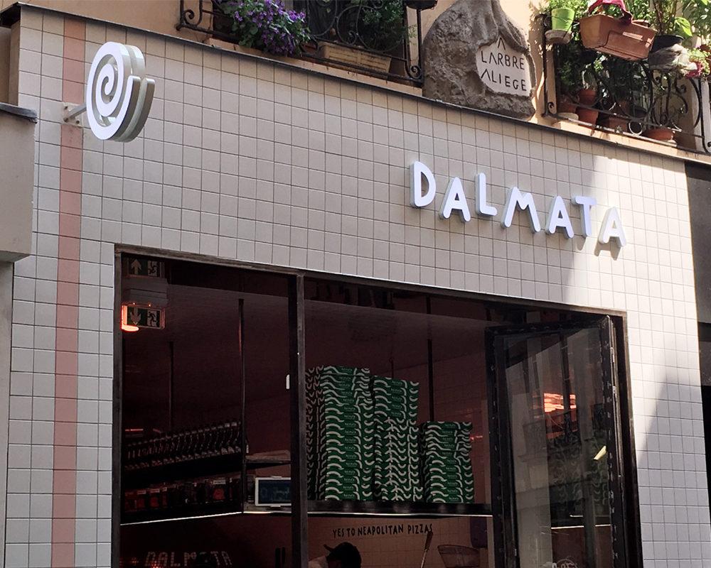 Dalmata-paris-bonne-adresse-devanture