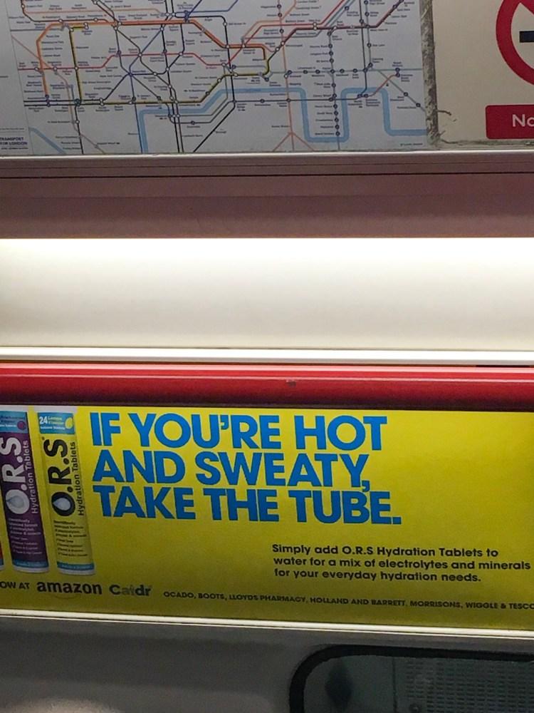 Londres-underground-pub-pills