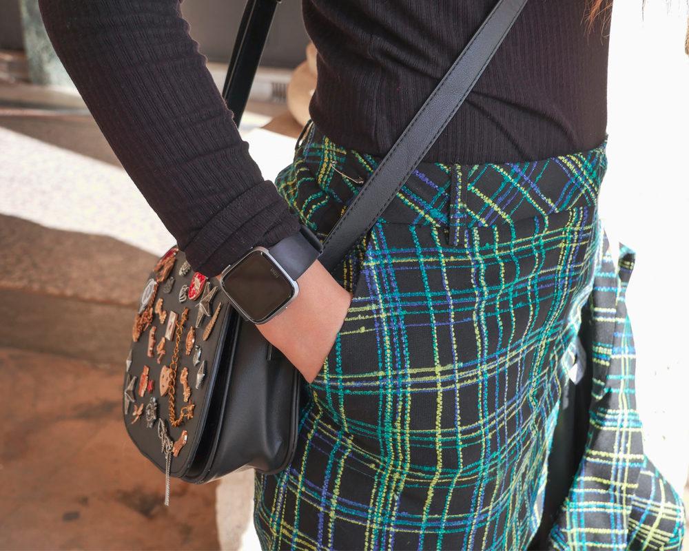 look-clueless-tailleur-topshop-détails-jupe-montre