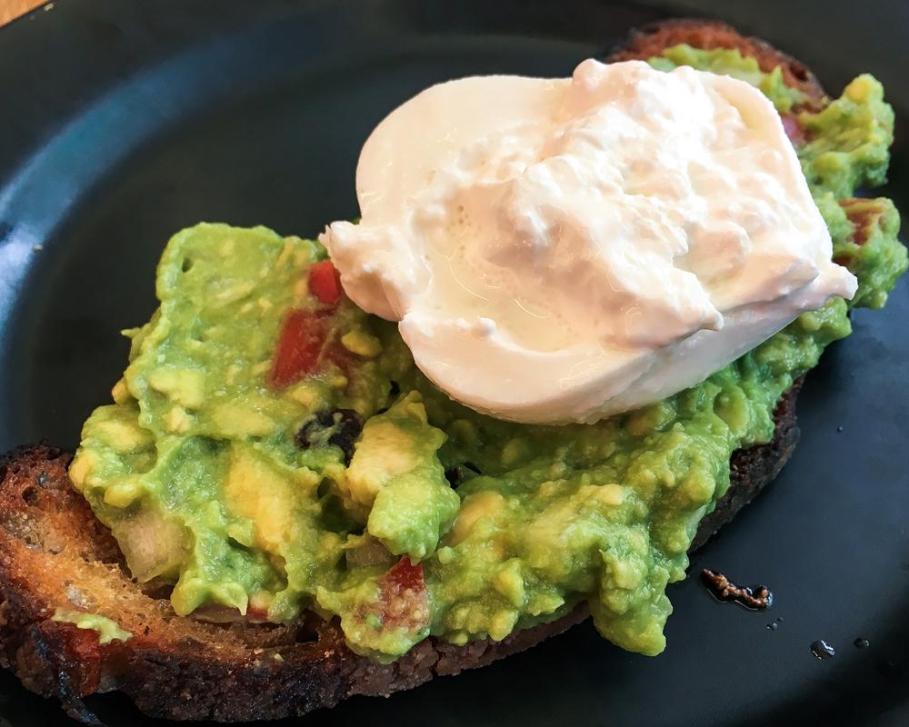adresses-republique-of-coffee-avocado-toast