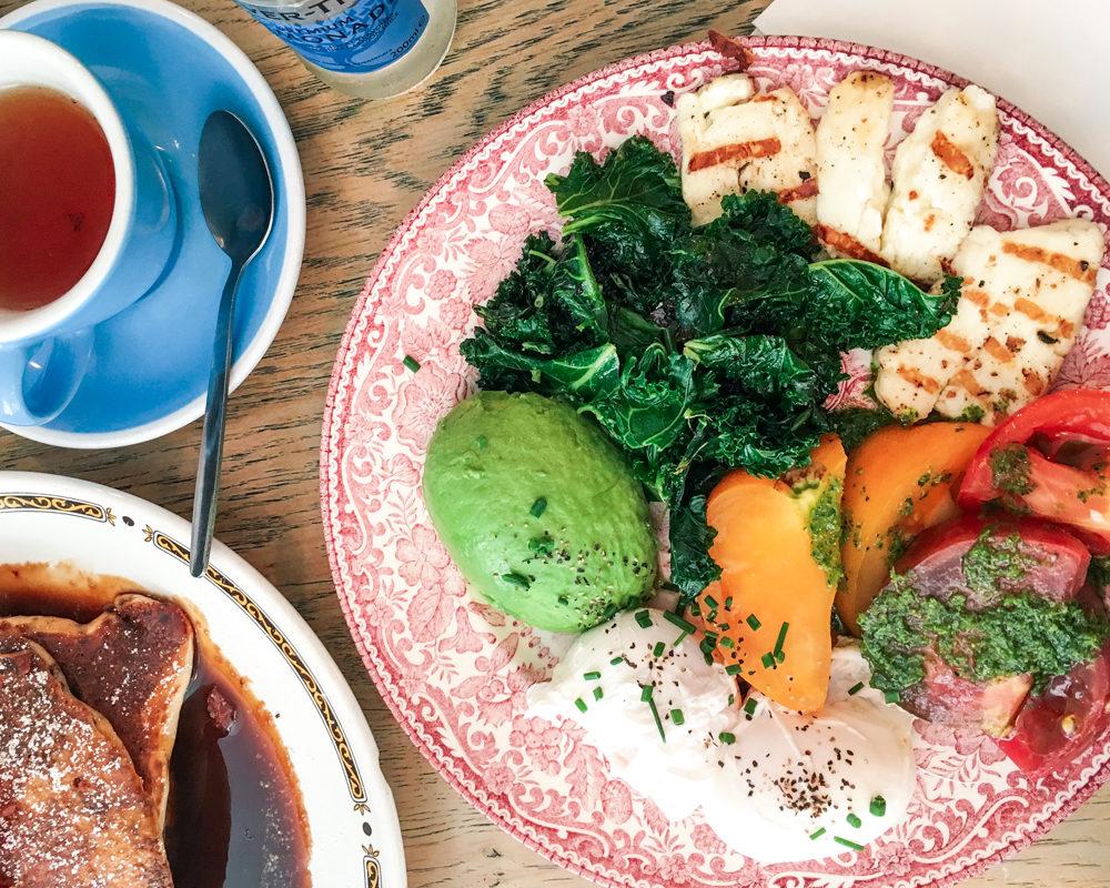 bonnes-adresses-food-londres-eggbreak-halloumi-salade