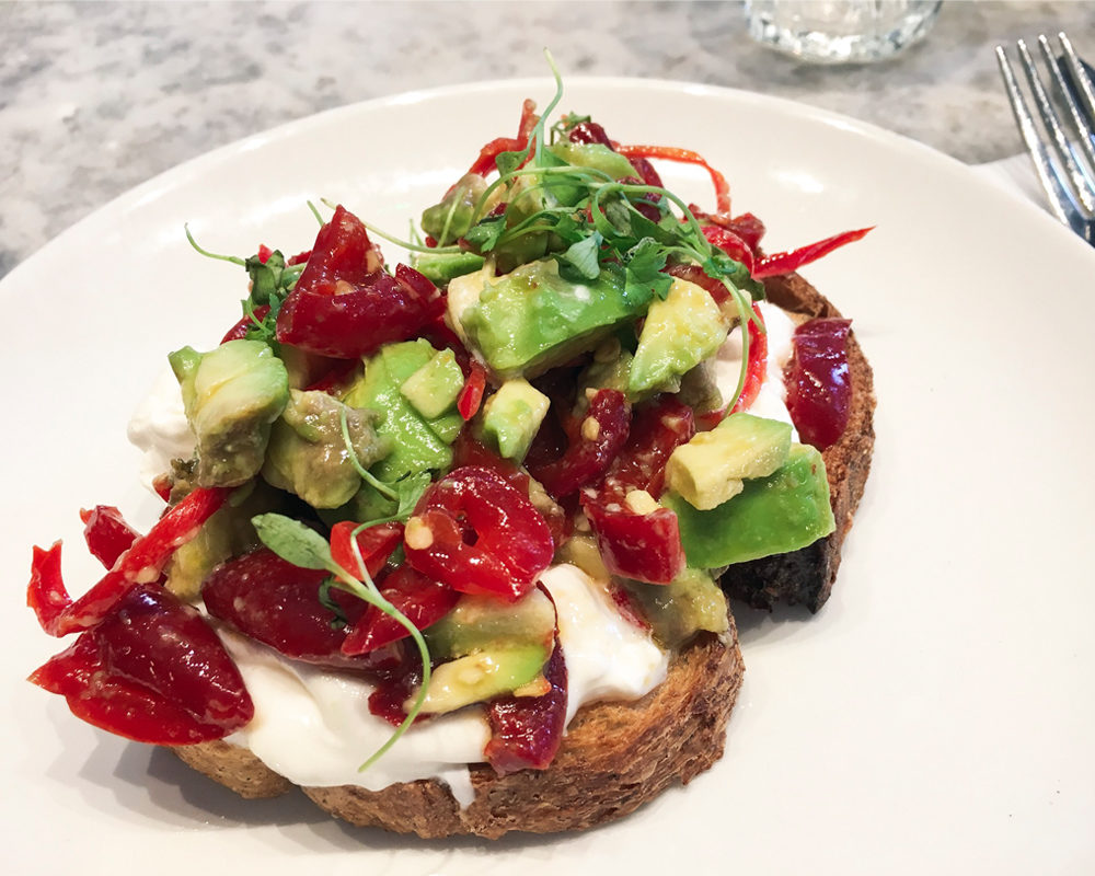 instagram-reality-london-food-mauvaises-adresses-grind-zoom-avocado-toast