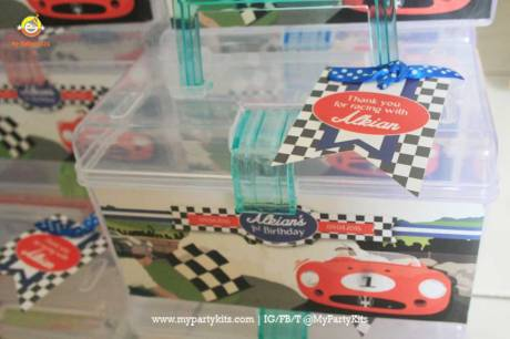 MyPArtyKIts_Car_toolbox-Vintage-Car-1