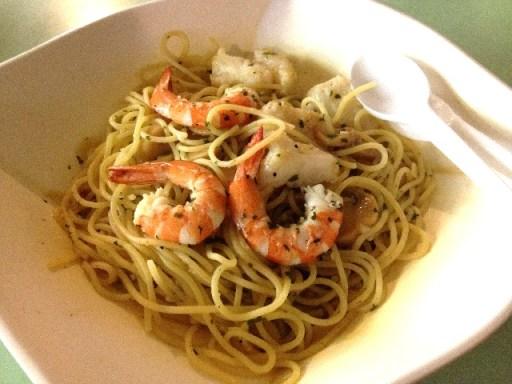 old airport food centre pasta manna aglio olio spaghetti
