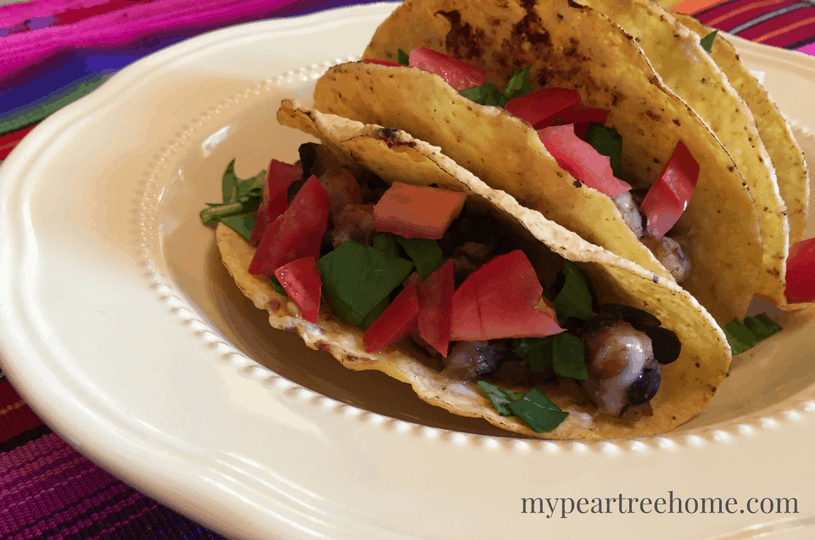These vegetarian tacos are SO delicious you will actually FORGET that they are missing beef and are healthy! Win! Click to the post to get the recipe!