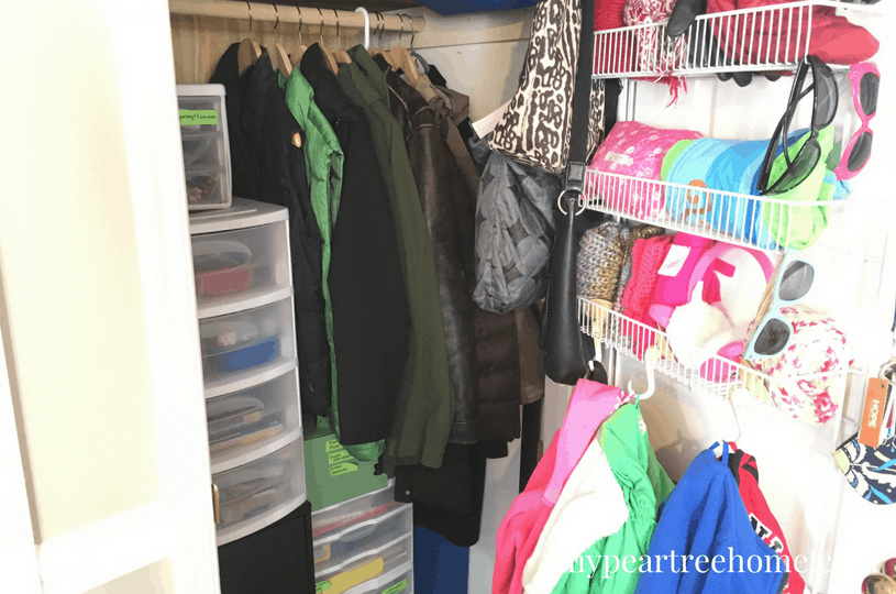 Want to see what $100 can do for your laundry room! Click to the post to see the SHOCKING before and afters! You won't believe this is the same home!