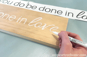Love the signs you see on Fixer Upper and all over Hobby Lobby? Now you can make your own! This method is SO easy! Click to see the no-fail tutorial!