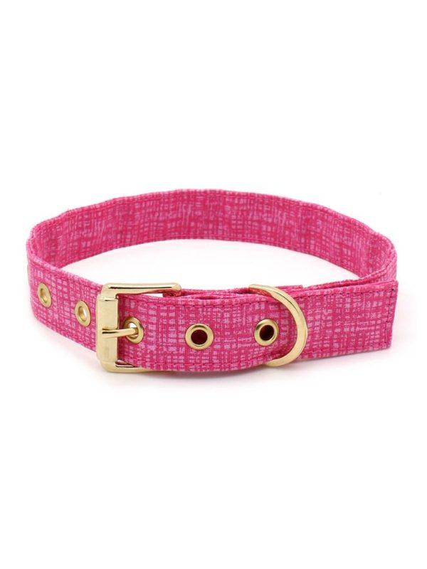 Coleira de Cachorro Tecido Rosa Estampa Riscadinho Metais Dourados Linha Conforto