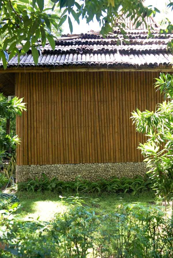 Bamboo wall (over block) pebble over block foundation, Sol y Mar Resort, Tigbauan, Iloilo, Philippines