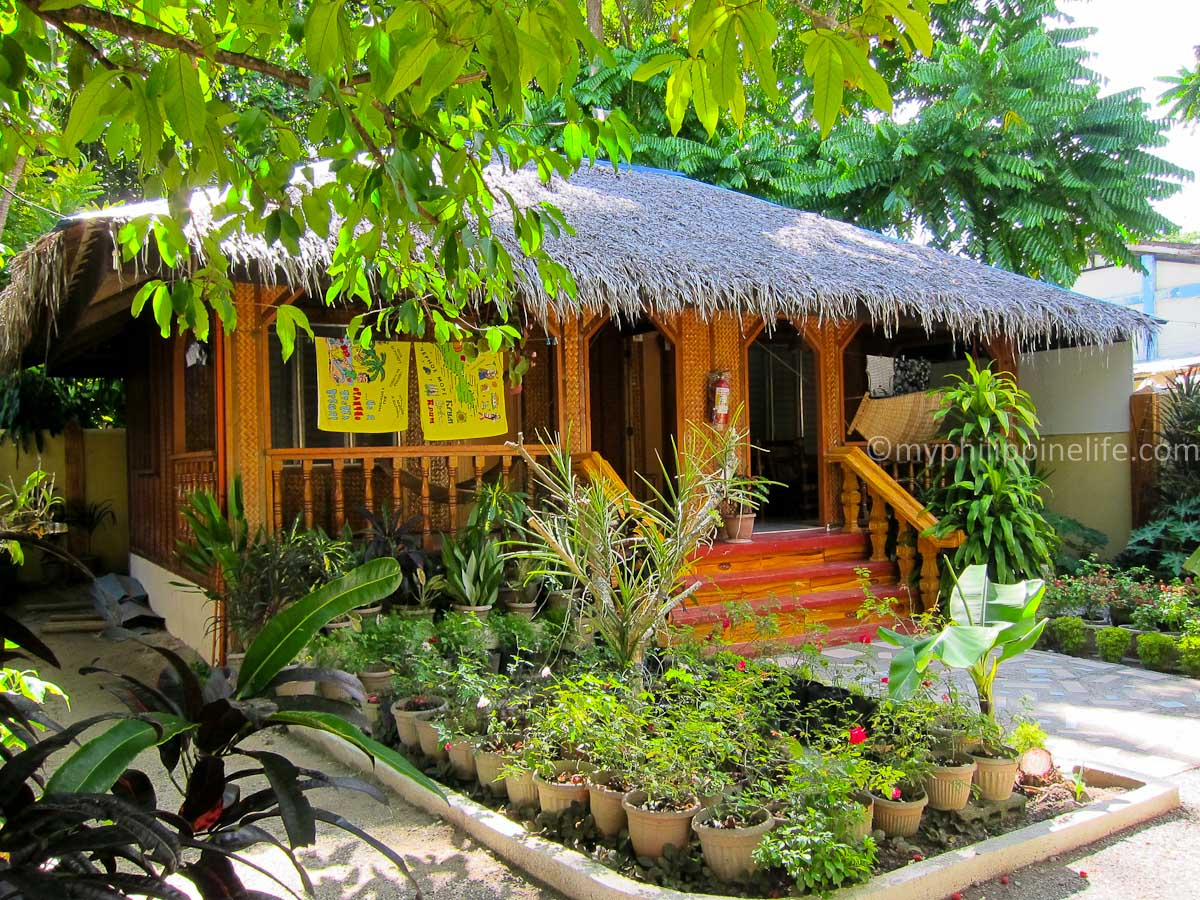 Boracay resort review roy s rendezvous my philippine life for House garden design in philippines