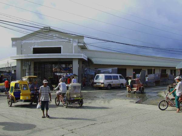 Much needed rennovations are nearing completion at Tigbauan's market