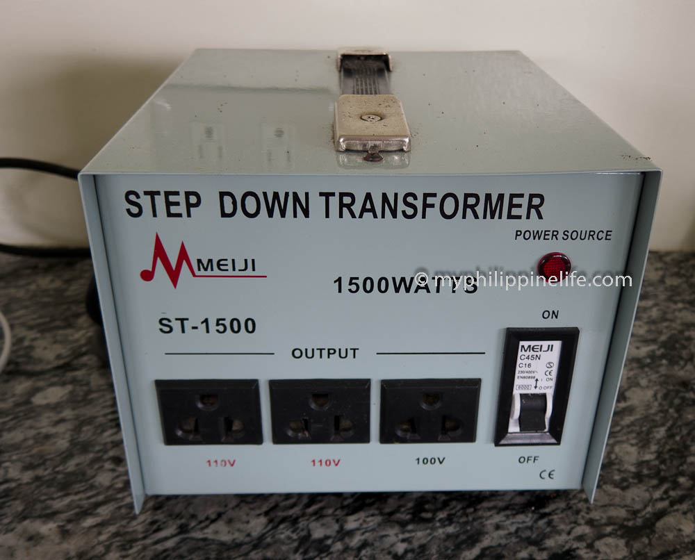 Electrical transformer hookup