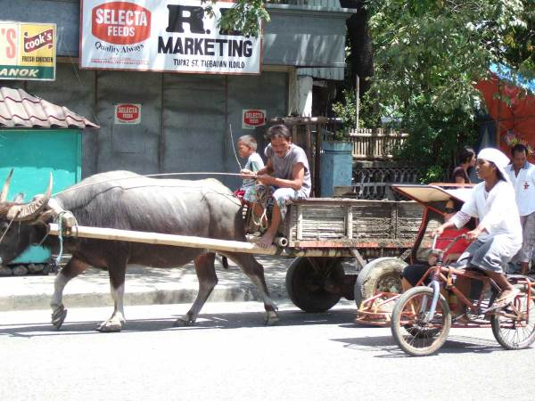 """Heavy Traffic on the National Highway, """"downtown"""" Tigbauan Iloilo"""
