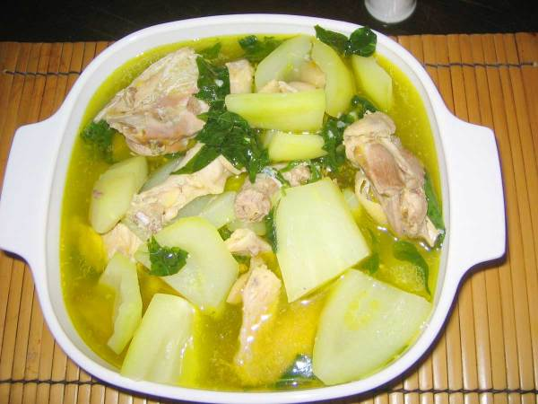 Chicken Tinola (Tinolang Manok) - with Green Papaya