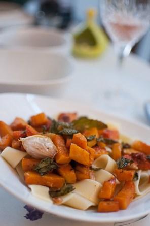 Butternut squash smoked garlic pasta - mycustardpie.com