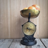 Vintage scales in my kitchen - mycustardpie.com