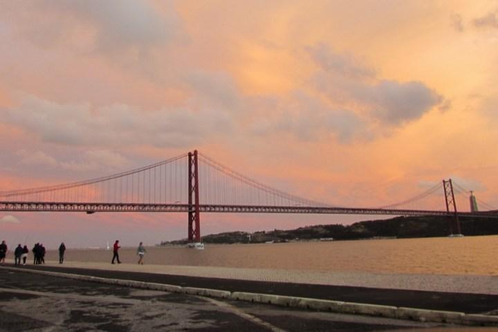 Bridge 25 de Abril Lisbon