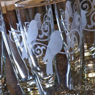 How to Have Personalized Glassware Without the High Price