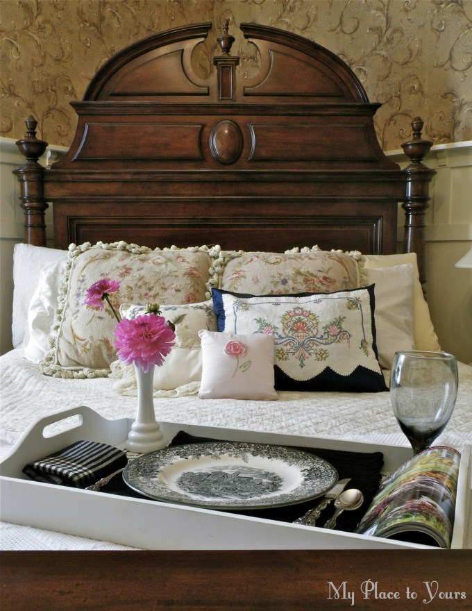 Old house bed